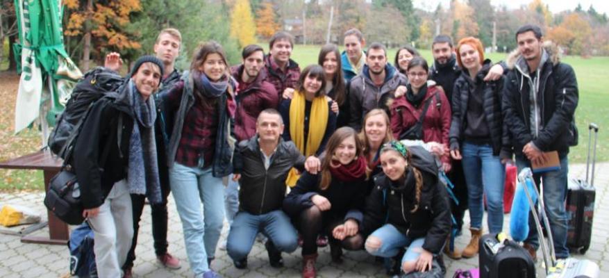 """""""...φεύγοντας κρατήσαμε ωραίες εικόνες, καινούριους φίλους στο εξωτερικό και στην Ελλάδα"""" Εμπειρίες από μια ανταλλαγή νέων"""